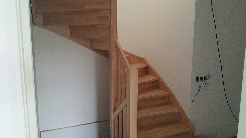 Beuken houten trappen geplaatst in Bunschoten-Spakenburg